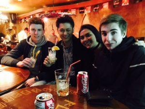 留学中の友達との写真